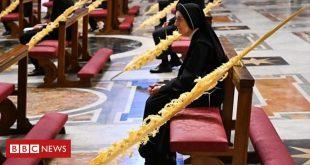 Pope Francis marks Holy Week in near-empty basilica